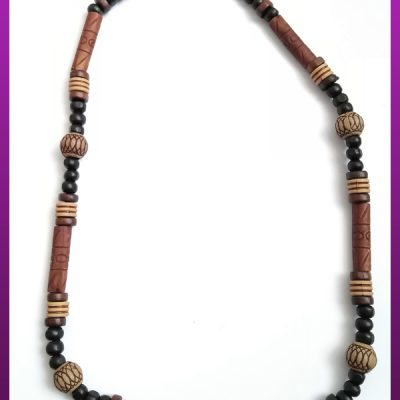 گردنبند مهره های چوبی