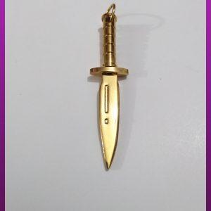 پلاک چاقو طلایی استیل