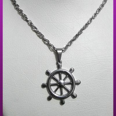 گردنبند سکان کشتی نقره ای استیل