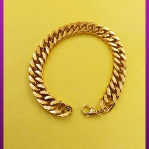 دستبند کارتیه مکعبی لوگو دار طلایی استیل