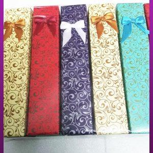 جعبه بلند کاغذی پاپیون دار مناسب زنجیر یا دستبند