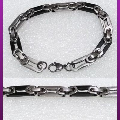 دستبند قفلی مشکی نقره ای استیل