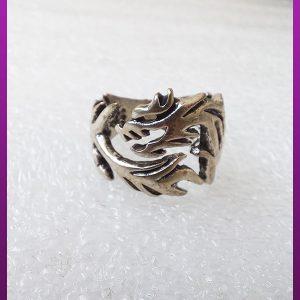 انگشتر اژدها نقره ای